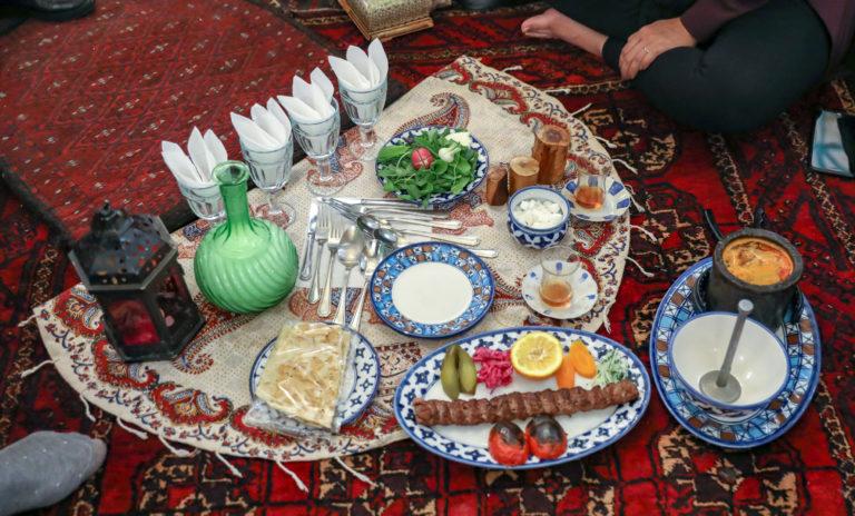 Traditionelles persisches Essen